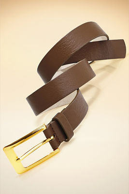 Proper buckle belt