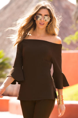 Travel off-the-shoulder tunic top