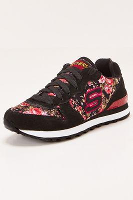 Rose print sneaker