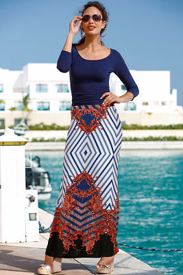 Scroll stripe skirt