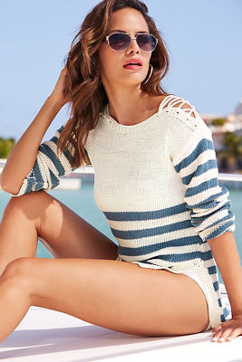 Lace-up shoulder stripe sweater