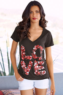 Love rose petals graphic tee