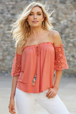 Crochet sleeve tassel off-the-shoulder top