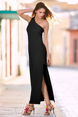 Travel one shoulder maxi dress