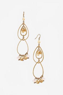 Dangling teardrop earrings