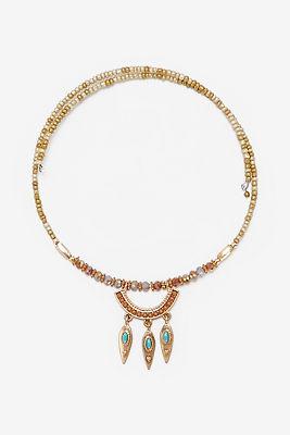 Dangling medallion choker necklace