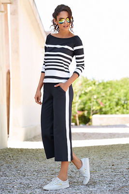 Long sleeve striped cropped two-piece set