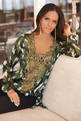 Metallic detail camo blouse