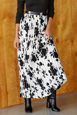 Contrast pleated maxi skirt
