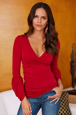 Ruched voluminous sleeve top