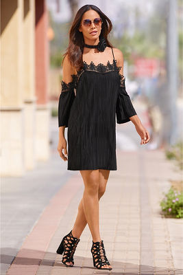 Display product reviews for Pleated lace cold-shoulder dress