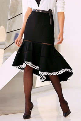 Contrast flounce skirt