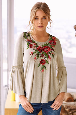 Rose embroidered neck top