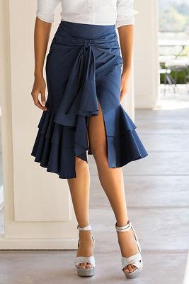 Ruffled bow skirt