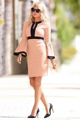 Travel colorblock v neck flare-sleeve dress