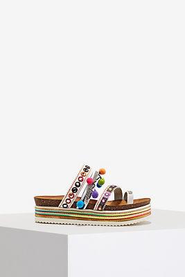 Platform pom-pom sandal