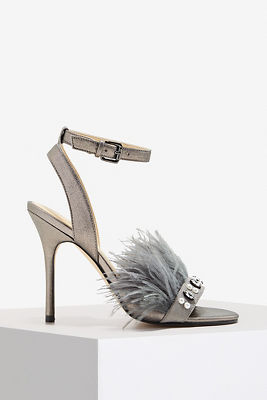 Feather detail heel