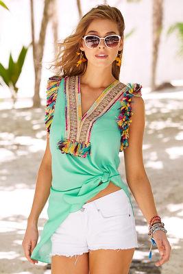 Multicolor fringe knot top