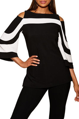 Display product reviews for bEYOND TRAVEL™ COLORBLOCK COLD-SHOULDER FLARE-SLEEVE TOP
