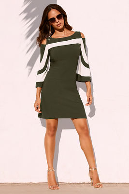 Beyond travel™ cold shoulder colorblock dres
