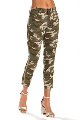 side embroidered camo skinny pant