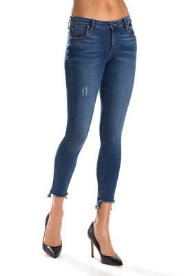 Step hem frayed ankle jean