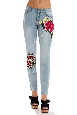 3D floral applique ankle jean