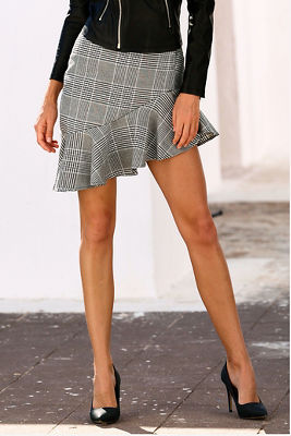 Asymmetric ruffle plaid skirt