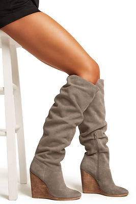 Wedge slouch boot