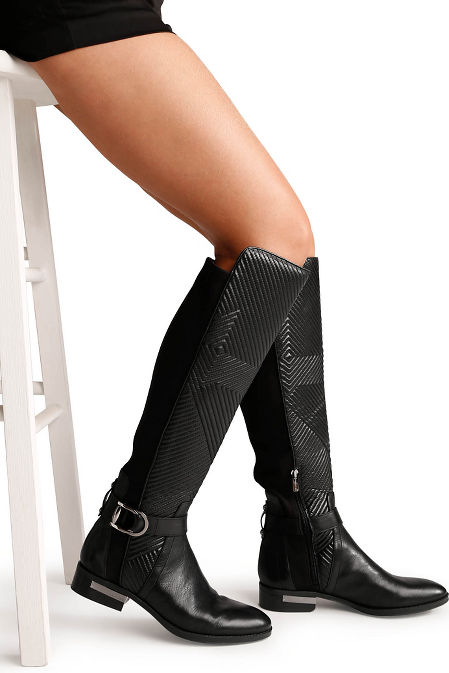 Buckle strap boot image