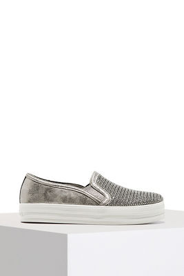 Slip-on sparkle sneaker