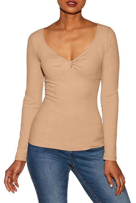 Ribbed knot front top image