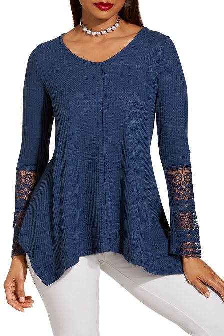 Lace detail v neck thermal top image