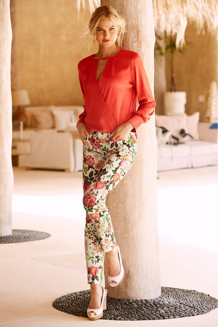 Keyhole surplice charm blouse image