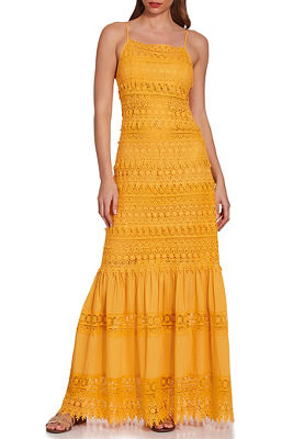 Display product reviews for Sleeveless lace tiered maxi dress