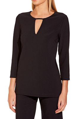 Beyond travel™ three quarter sleeve keyhole top