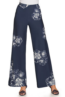 Display product reviews for Beyond travel™ floral palazzo pant