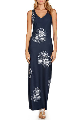 Beyond travel™ floral v neck maxi dress