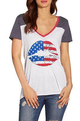 American flag lips short sleeve tee