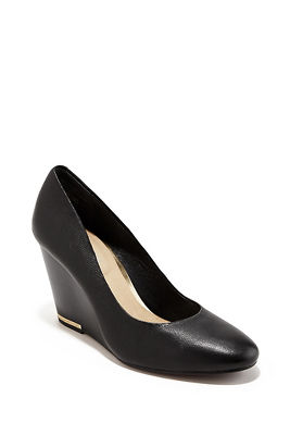 Comfort Wedge Pump
