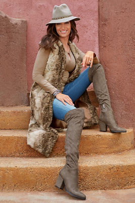 Hooded Faux-Fur Vest